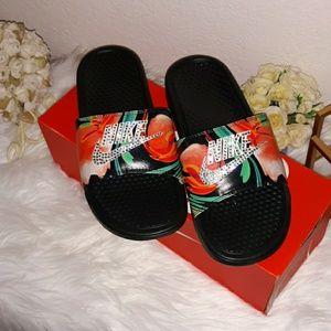 b715da9555392 Women Custom Nike Sandals on Poshmark